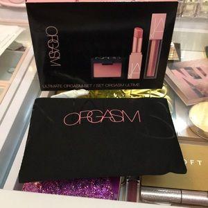 Nars Makeup Bag